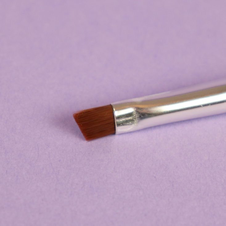 Ipsy brush head detail