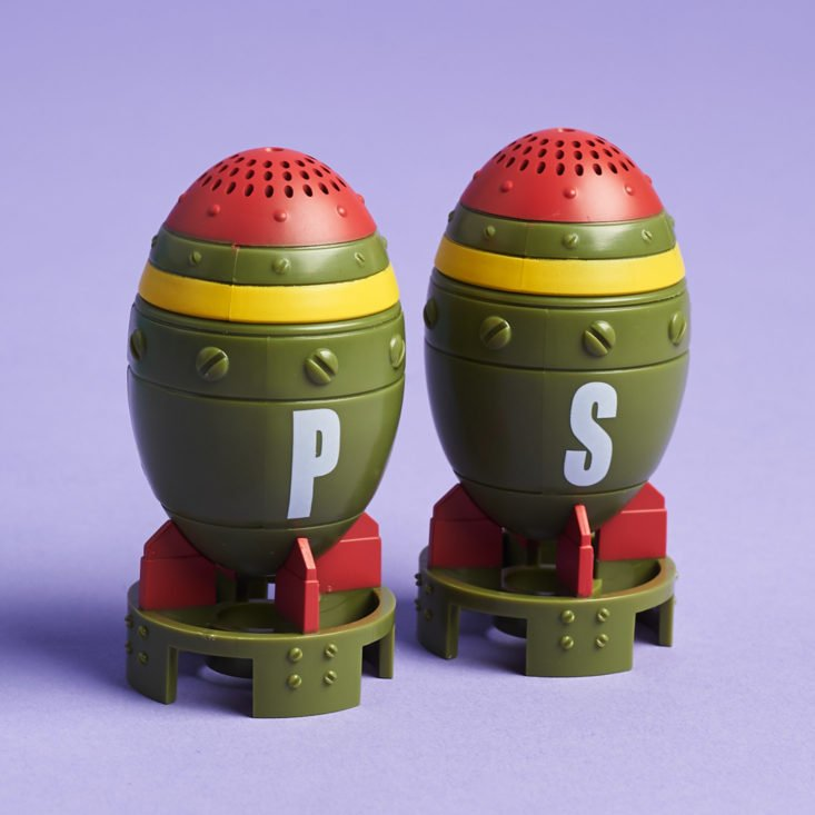 Fallout Crate #7 Nuked January 2019 - Mini Nuke Salt & Pepper Shakers 12