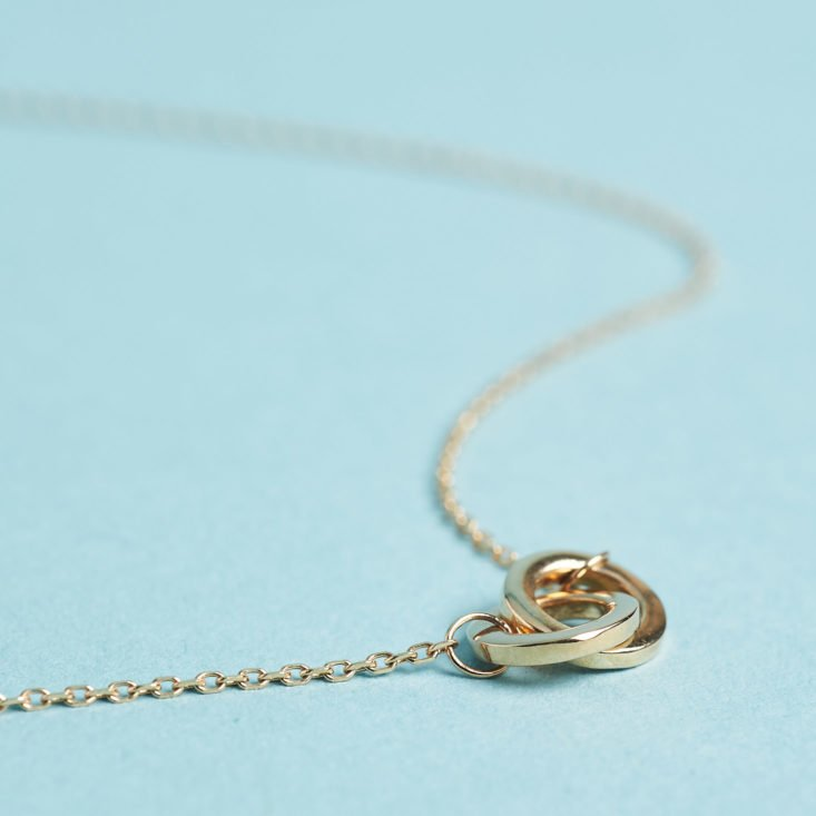 Aurate gold link necklace detail