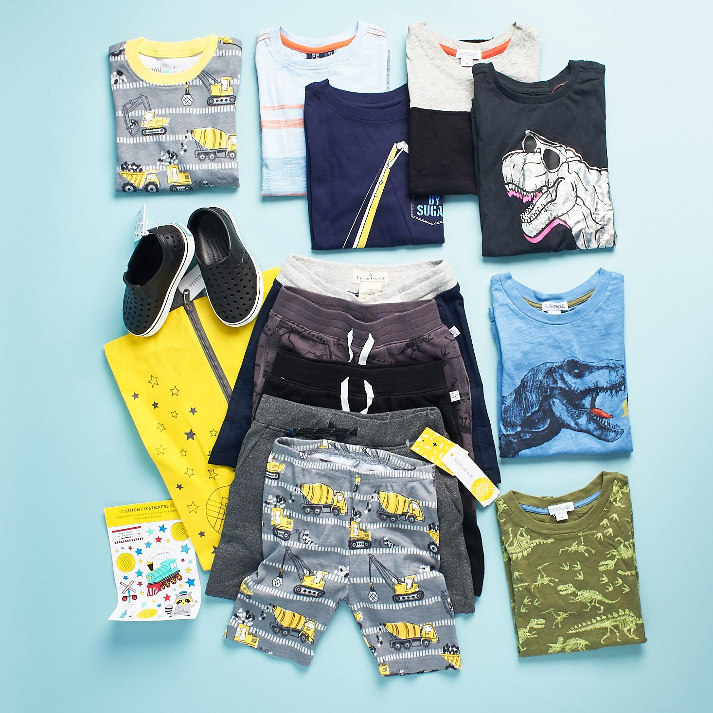 Little boys clothes from Stitch Fix Kids review.